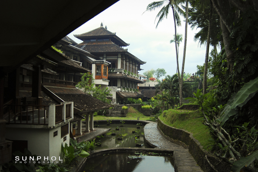Arriving at the Kamandalu, Ubud for our last night in Bali.