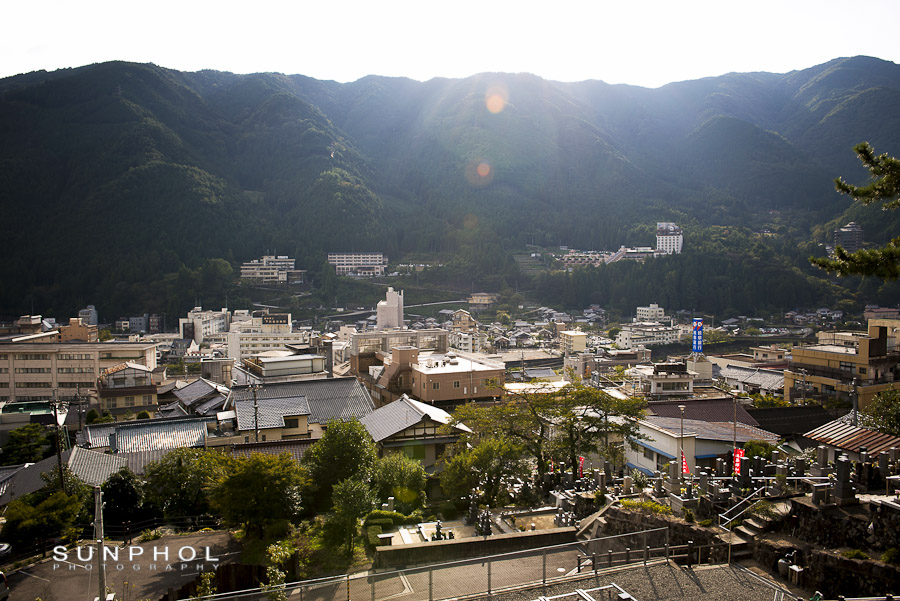 Sunphol Photography Japan trip Gero view from Onsenji temple,